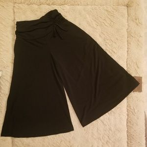 I.N Girl GIRLS Blck Cropped Gaucho / Culotte Pant